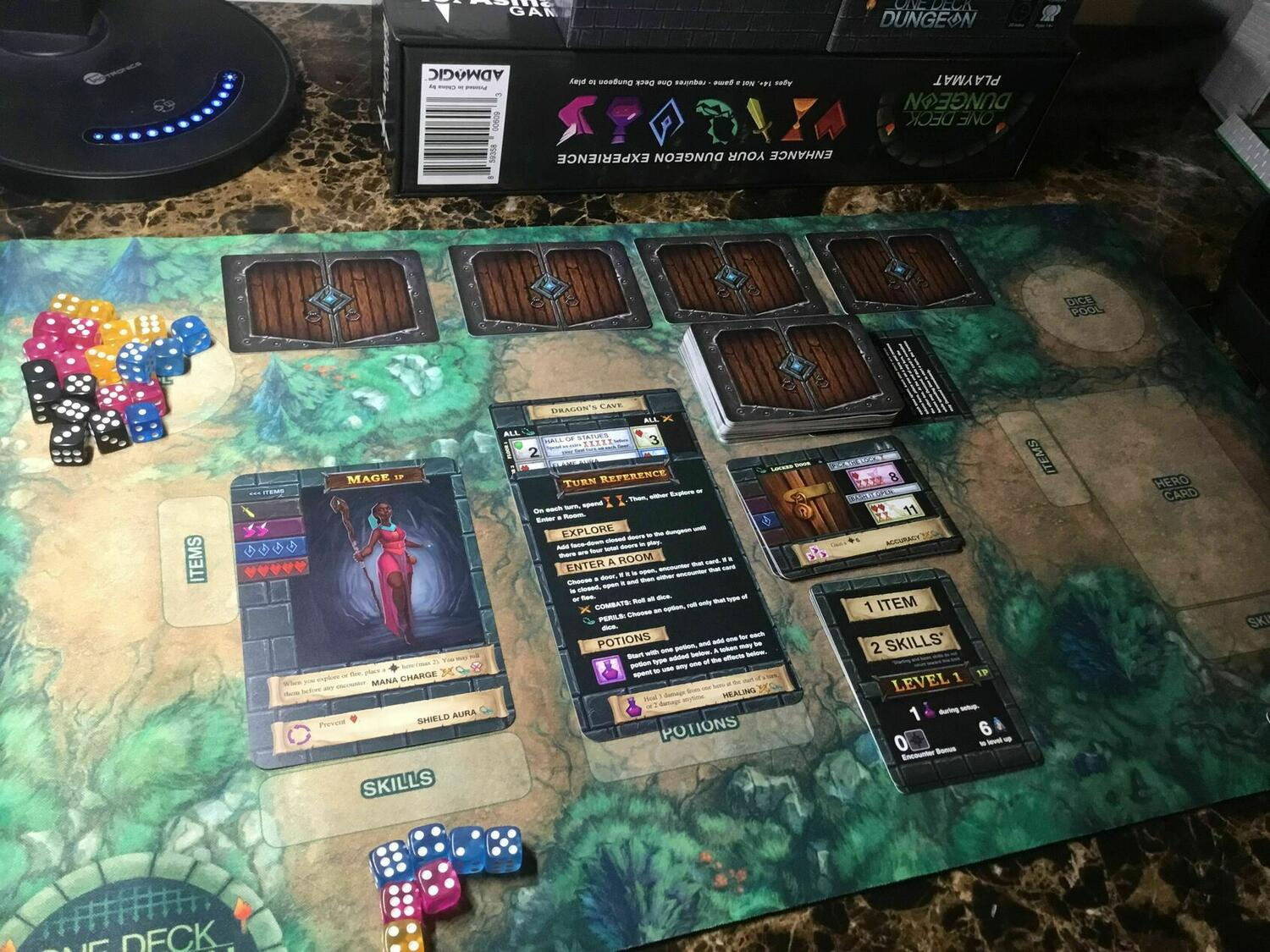 One Deck Dungeon Eclate 29493 Images One Deck Dungeon 2017 Board Games 1jour 1jeu Com